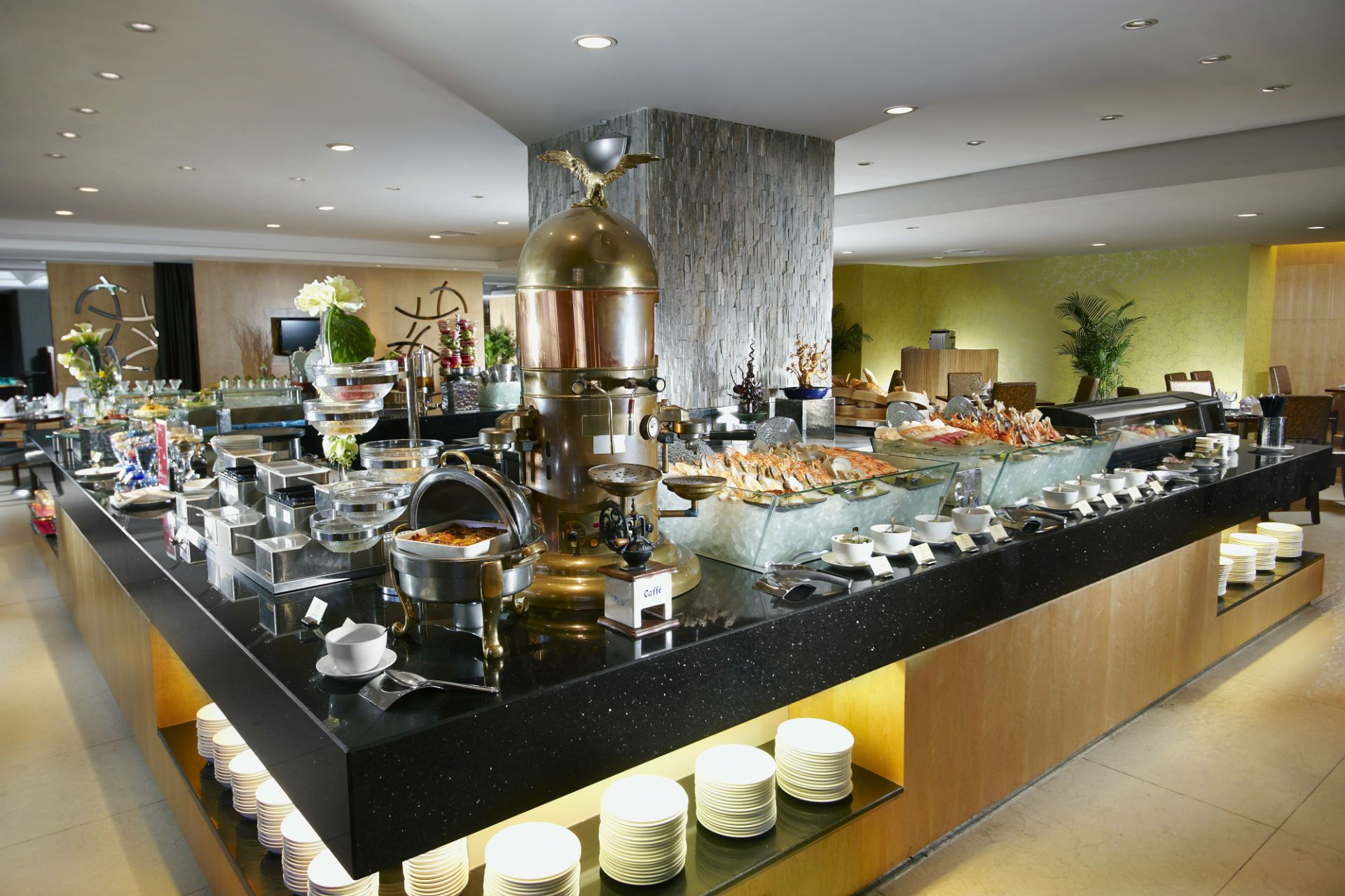Hotel dining asia restaurants bars at park hotel group for Grand bar cuisine